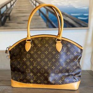 Louis Vuitton Bags - 💜✨BEAUTIFUL✨💜 Shoulder bag